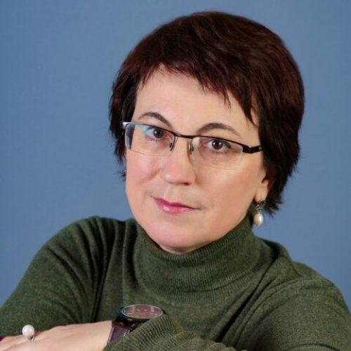 Нилова Марина